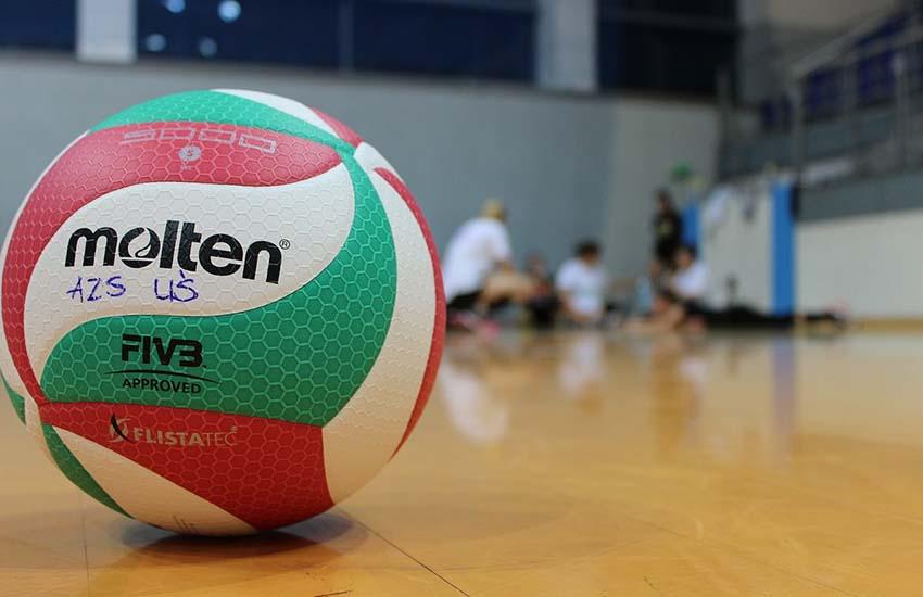Pallavolo al liceo Manzoni di Caserta. Lo sport si racconta lunedì 12 aprile
