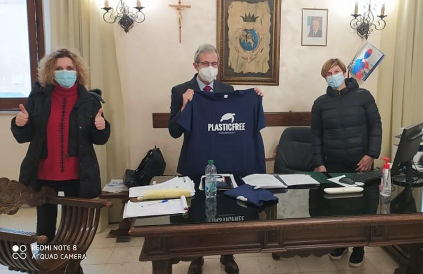 Plastic Free Sezze in visita al commissario prefettizio