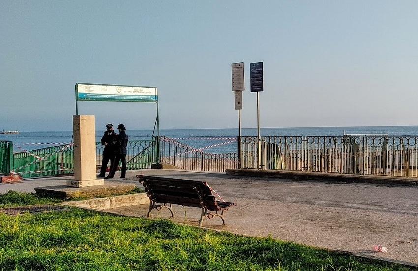 Misure anti-covid, presidiati i varchi d'accesso alle spiagge a Mercatello