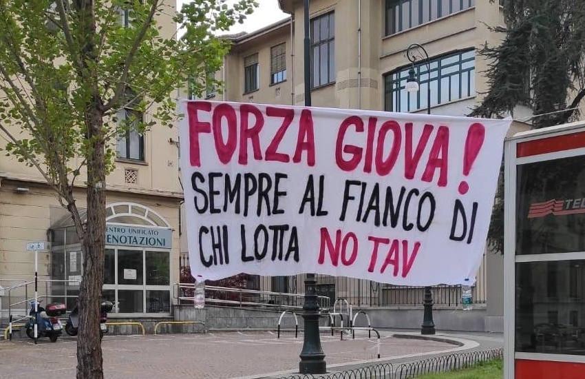Ferimento attivista No TAV: è stato un lacrimogeno?