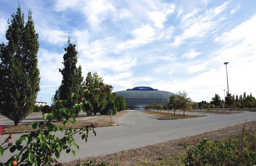 L'Unipol Arena diventa hub per i vaccini anti Covid-19