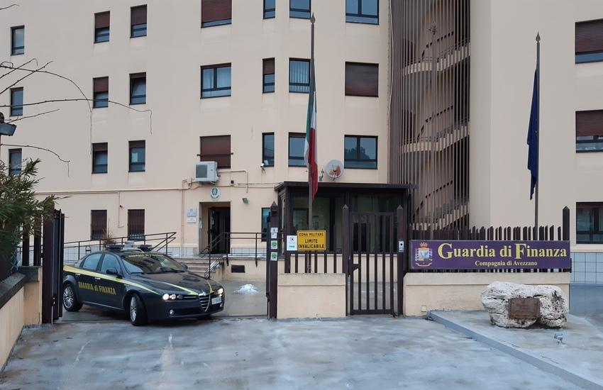 Guardia di Finanza: amministratore di sostegno interdetto dall'esercizio della professione di avvocato