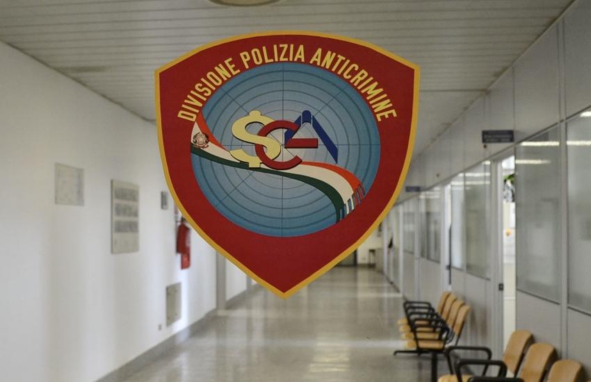 Milano: Spaccio a Rogoredo, 18 fogli di via obbligatori