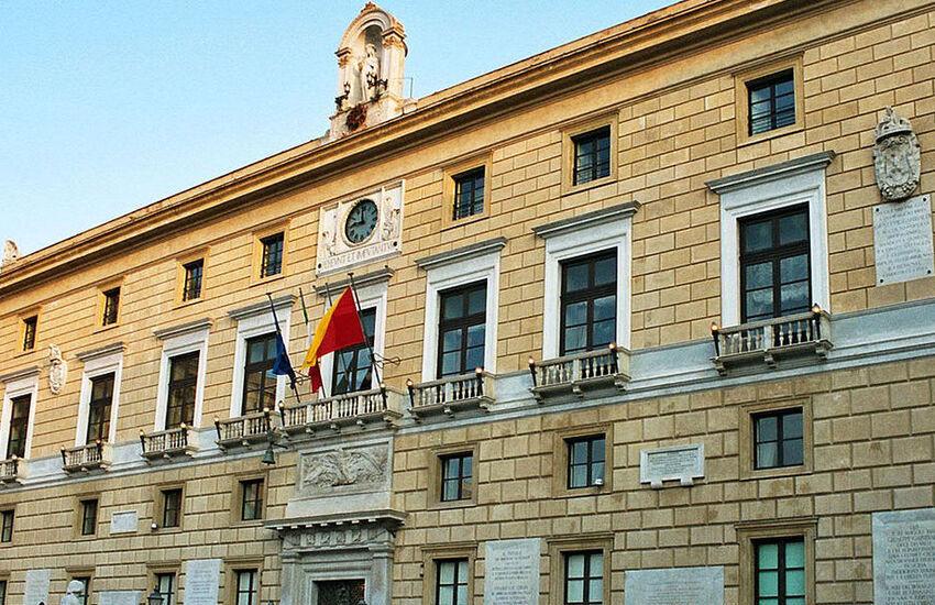 Palermo, si dimette l'assessore Giuseppe Mattina: è indagato
