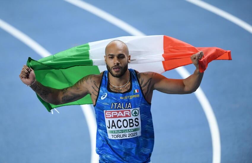 Marcell Jacobs batte record italiano 100 metri con 9.95