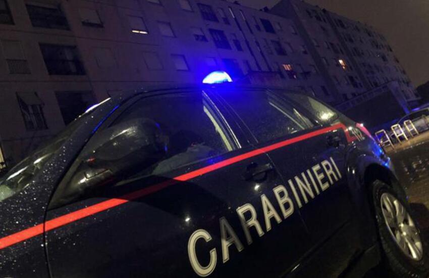 Milano: Mamma e figlia brutalmente aggredite per strada