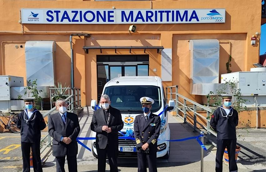 Nuovo Minivan per l'associazione Stella Maris di Livorno