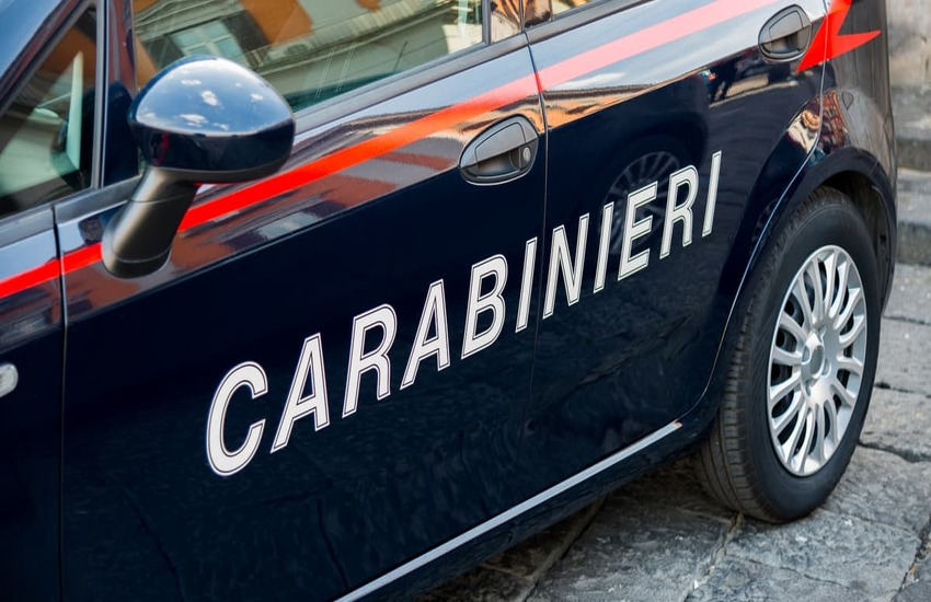 Milano: Sequestra e picchia la fidanzata per 3 giorni, arrestato