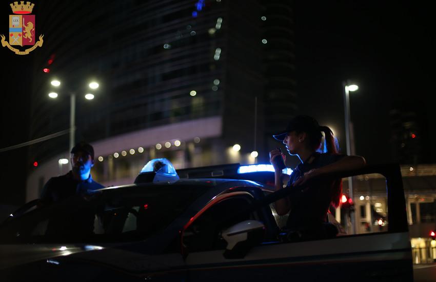 Milano: Feriscono agenti di Polizia, in manette due esagitati