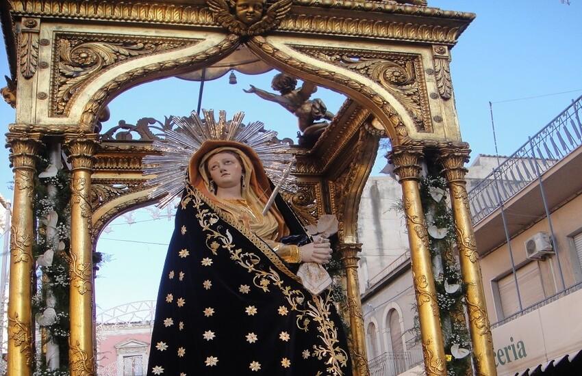 Comiso: tornano i festeggiamenti in onore di Maria Santissima Addolorata. Da venerdì al via il solenne settenario