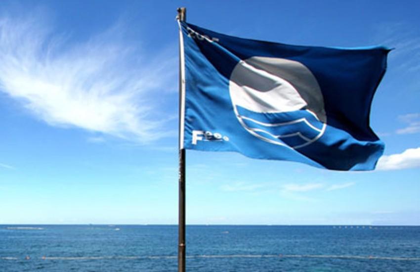 """Sicilia, le nuove """"Bandiere blu"""" migliorano l'offerta di turismo balneare nell'isola"""
