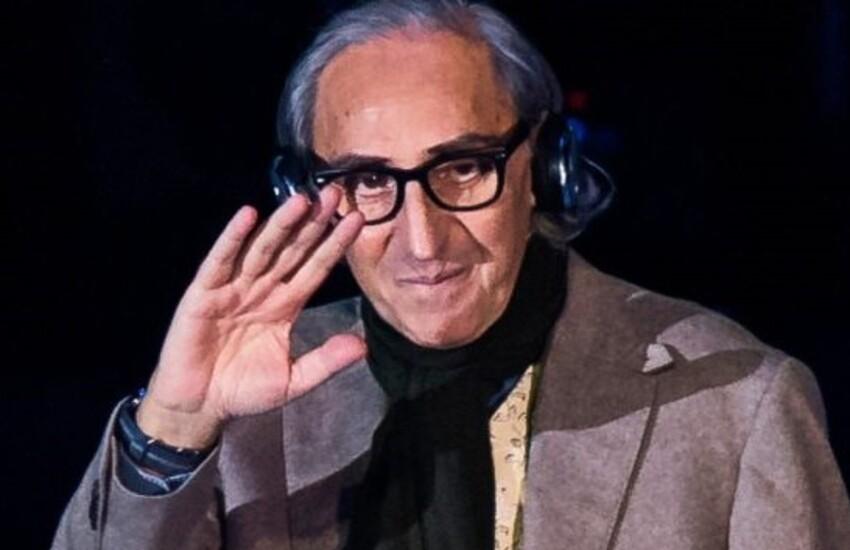 #vogliovedertiancoradanzare: oggi alle 19 la musica di Franco Battiato dalle finestre delle città