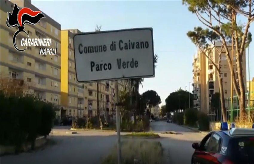 Mega operazione anti-droga dei carabinieri a Caivano. Duro colpo alle piazze di spaccio nel Parco Verde, una delle più grandi d'Europa (VIDEO)
