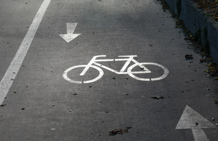 Le piste ciclabili di Parma sotto attacco della Lega