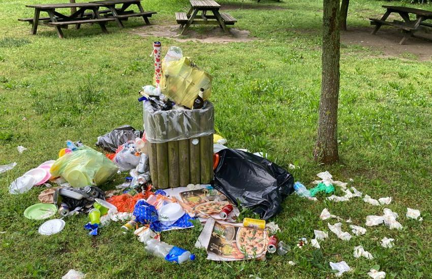 Mira, rifiuti abbandonati a forte Poerio, il Comune pronto a prendere provvedimenti drastici