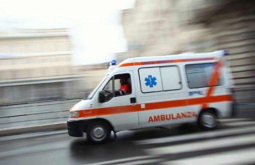 Milano: Accusa malore mentre guida e si schianta. È grave