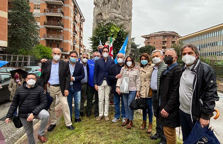 """Caserta, sindacati in piazza: """"un Primo Maggio diverso lontano dai lavoratori ma vicini"""""""