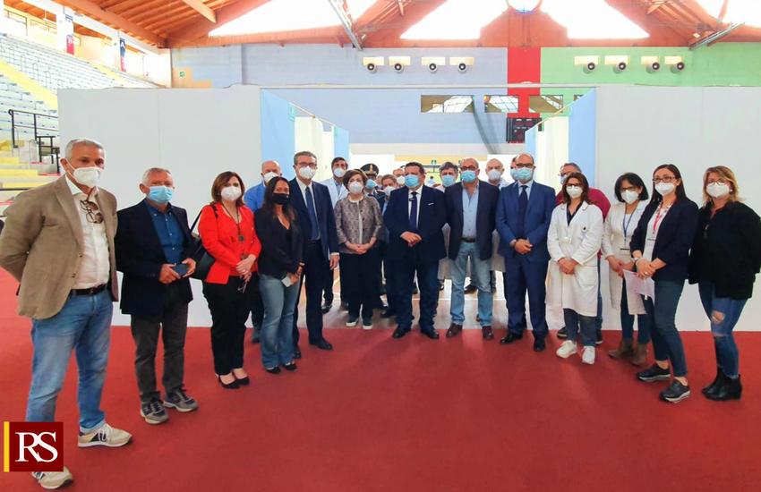 Covid – inaugurato l'hub vaccinale di Cefalù. Cordaro: «Azione concreta per la ripresa»