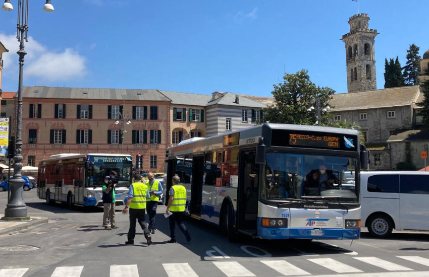 Rapallo, controlli sui bus: 9 sanzioni