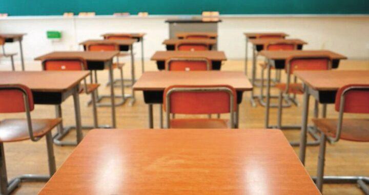 """Bari, il Tar annulla la bocciatura di uno studente: """"La dad lo ha penalizzato"""""""