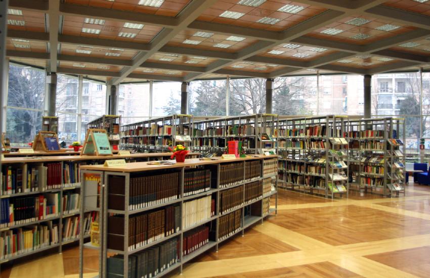 Biblioteche, il 3 maggio a Torino sale lettura aperte e orario ampliato