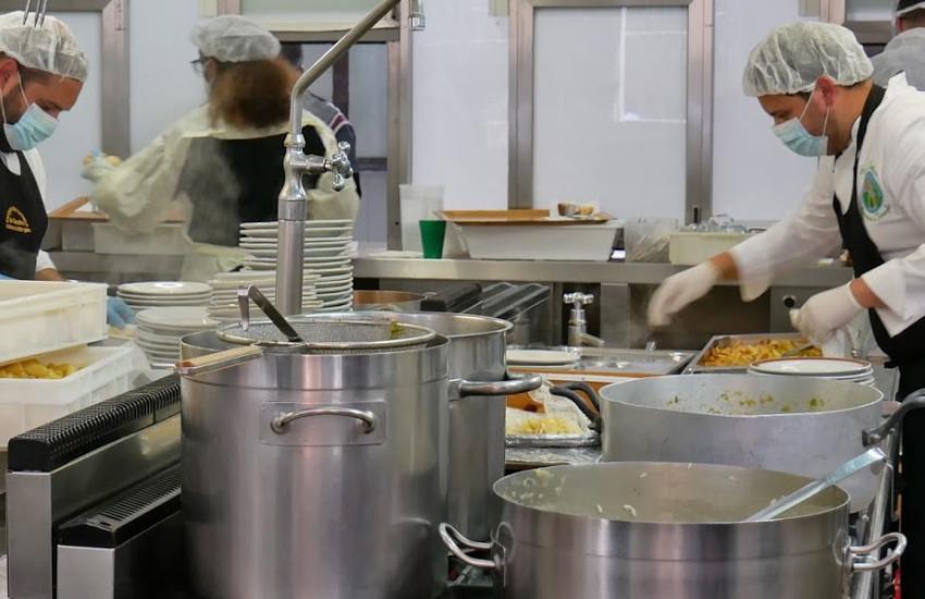 Una quarantina di studenti dell'Istituto superiore Leon Battista Alberti parteciperanno a un PCTO-Percorso per le competenze trasversali e l'orientamento progettato con le Cucine economiche popolari di Padova