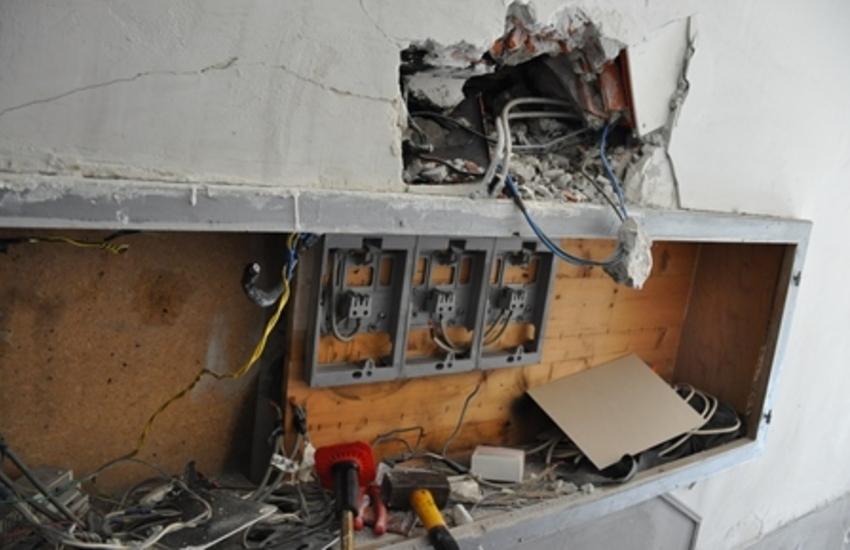 Adrano, denunciata un'intera famiglia per furto di energia elettrica