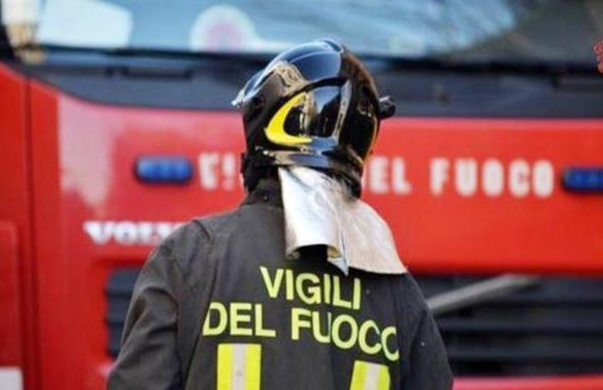 Furgone contro auto a Ragusa: un ferito