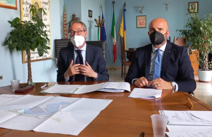 """Porto Rifugio, firmato protocollo con Sicindustria. Al via il progetto """"Marina di Gela"""". Greco: tutte parti coinvolte saranno ascoltate"""