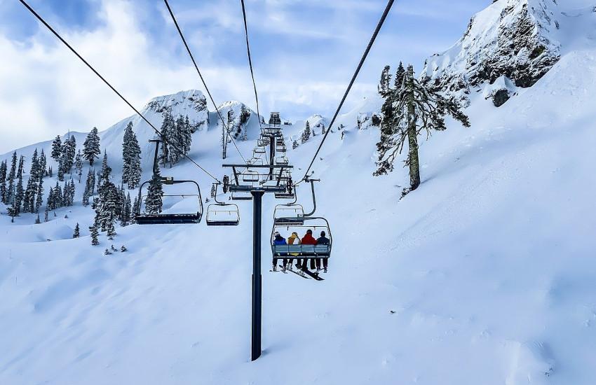 Ristori montagna, Piemonte: 19 milioni a imprese, beni e servizi e 8 ai maestri di sci