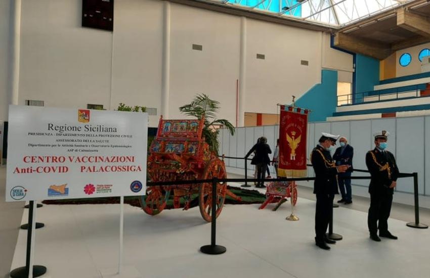 PalaCossiga, inaugurato hub vaccinale. Obiettivo: 1500 vaccinazioni al giorno