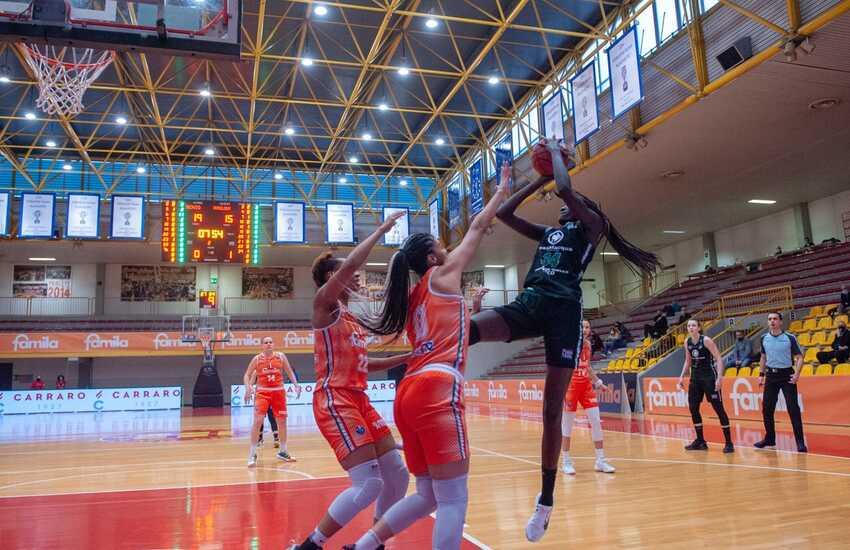 Basket, Schio vince anche gara2 e centra la finale. Per Ragusa stagione finita