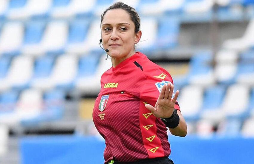 Reggina-Frosinone entrerà nella storia: primo arbitro donna ad arbitrare in B