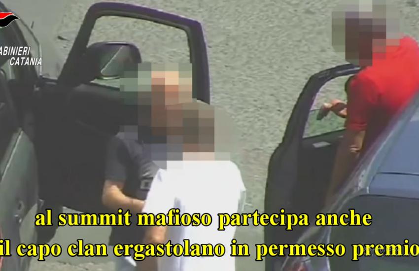 Paternò, operazione Sotto Scacco, boss ergastolano continua ad impartire ordini durante i summit
