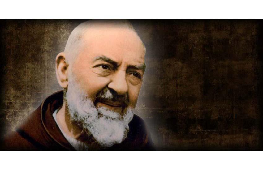 """Giovedì 20 il Premio """"Padre Pio"""". Premiati scuola e Comune irpino e un'azienda casertana"""