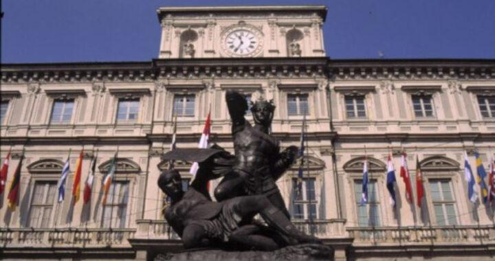 Elezioni a Torino, si cercano scrutatori: come candidarsi