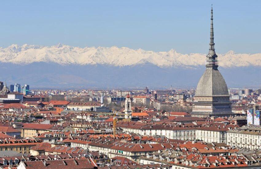 """Si chiudono a Torino le riprese del film indiano """"Thank you"""""""