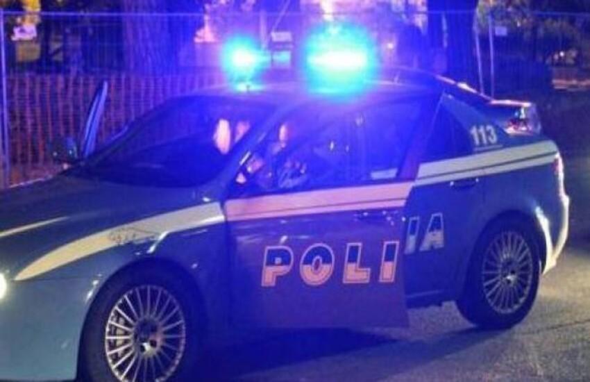 Reggio Calabria, boato nei pressi dell'archivio del Tribunale: strada chiusa al traffico