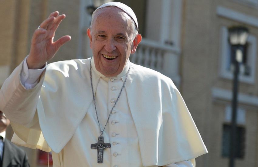 """Papa Francesco: """"accesso universale ai vaccini e sospensione temporanea dei diritti di proprietà intellettuale"""""""