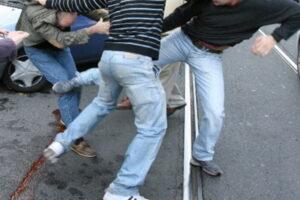 Gavi, rissa tra ragazzi: 3 denunciati