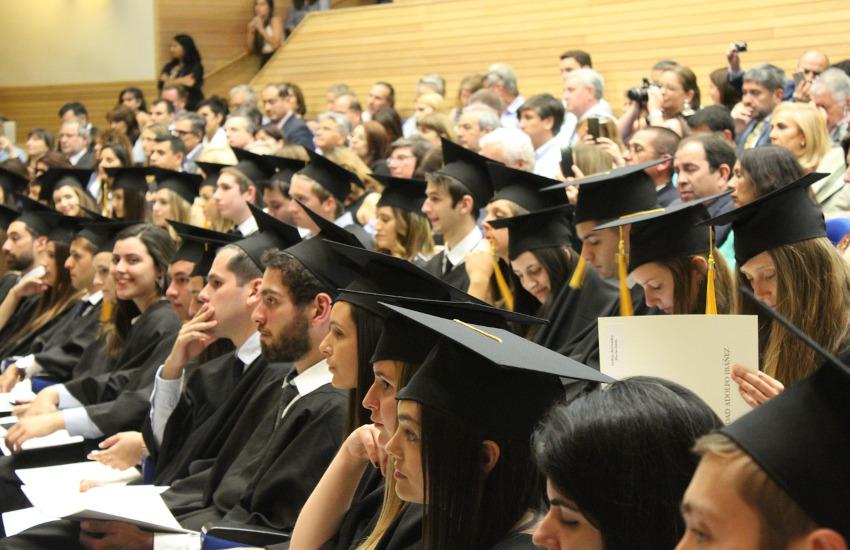 Torino, 115 borse di studio per studenti in difficoltà
