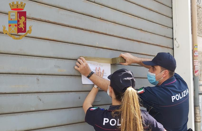 Roma, rimuove i sigilli da un bar di una precedente chiusura commettendo altre due violazioni