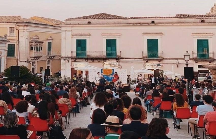 L'omaggio di Levante alla Provincia di Ragusa