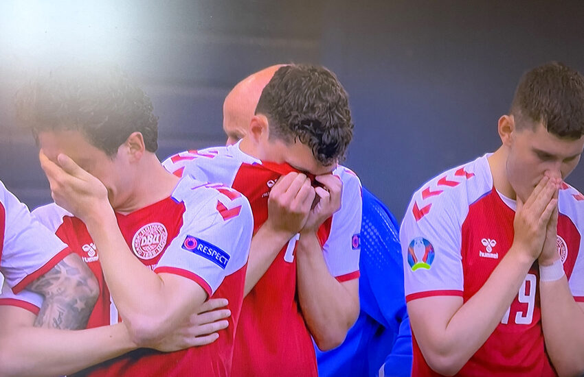 Euro 2020: Arresto cardiaco per l'interista Erksen