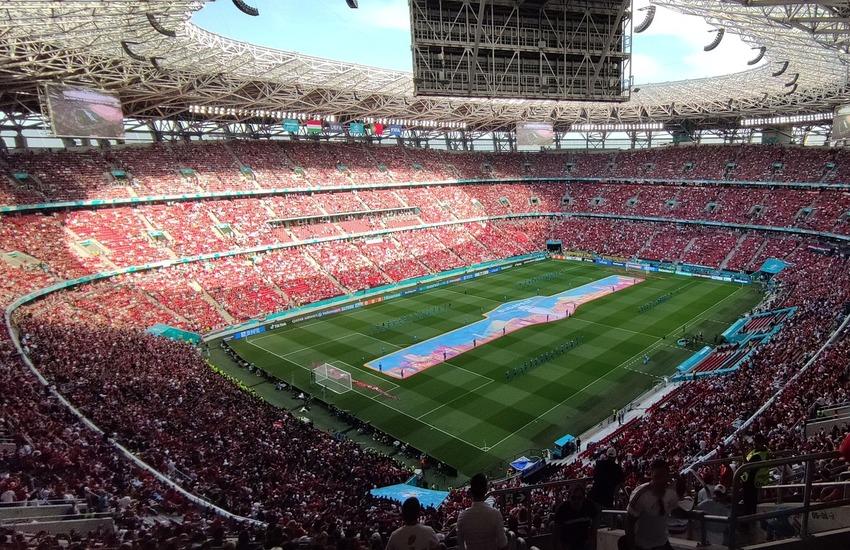 Calcio: Uefa abolisce una regola storica