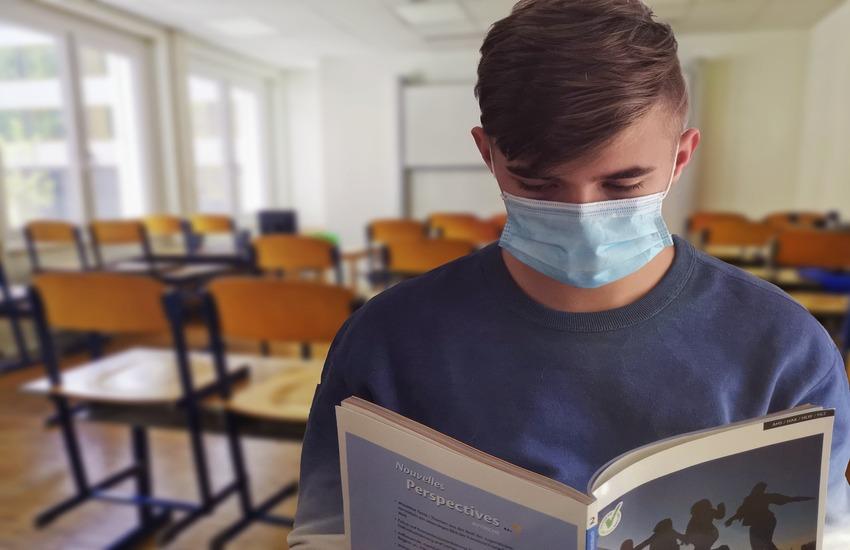 Covid: A settembre si torna a scuola con le mascherine