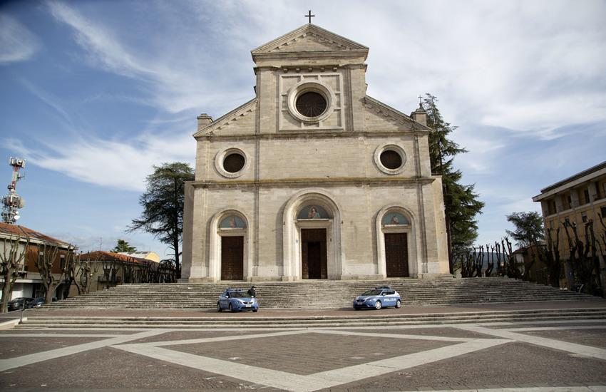 Avezzano: eseguite misure detentive nei confronti di appartenenti alla locale comunità Rom