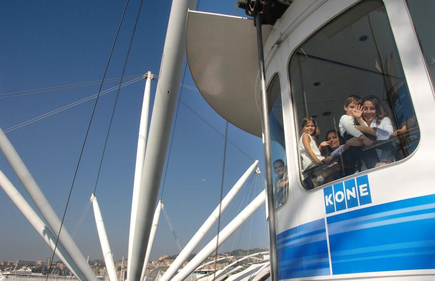 Genova, riapre il bigo, l'ascensore panoramico