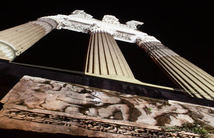 Dal 24 giugno al via le passeggiate serali nell'area archeologica dei Fori Imperiali