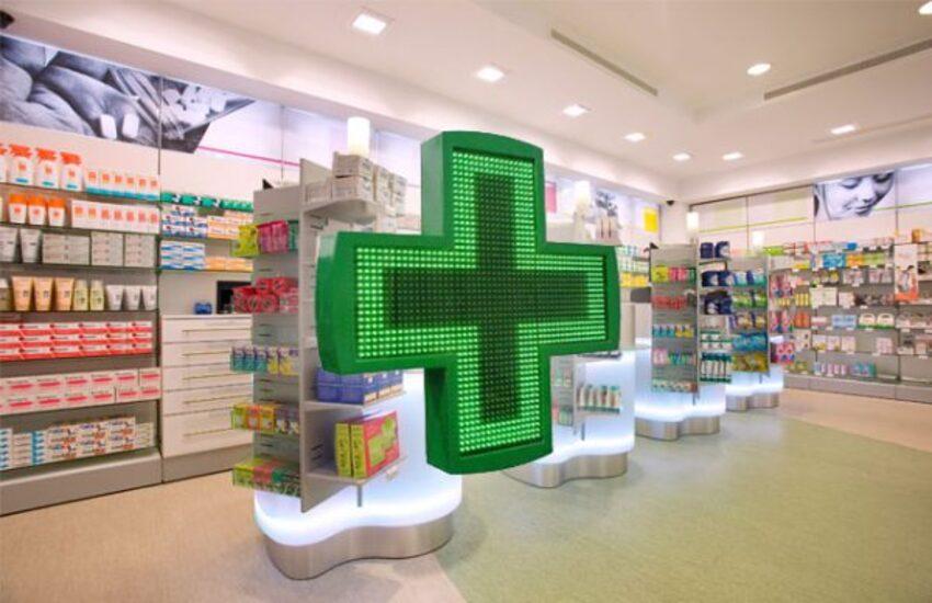 Vaccini – Razza: In settimana pronti alla convenzione con farmacie